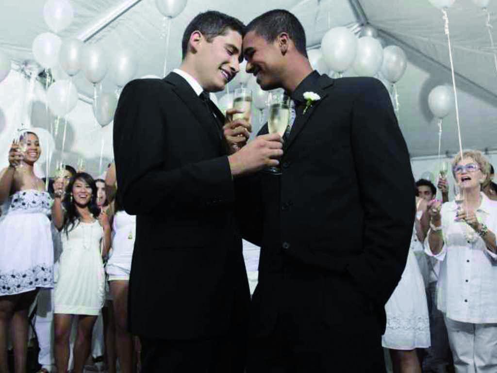 Matrimoni gay,  gli operatori sono già pronti