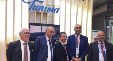 """""""La Tunisia fa il pieno di turisti"""""""