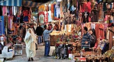 Obiettivo Tunisia: 160mila italiani
