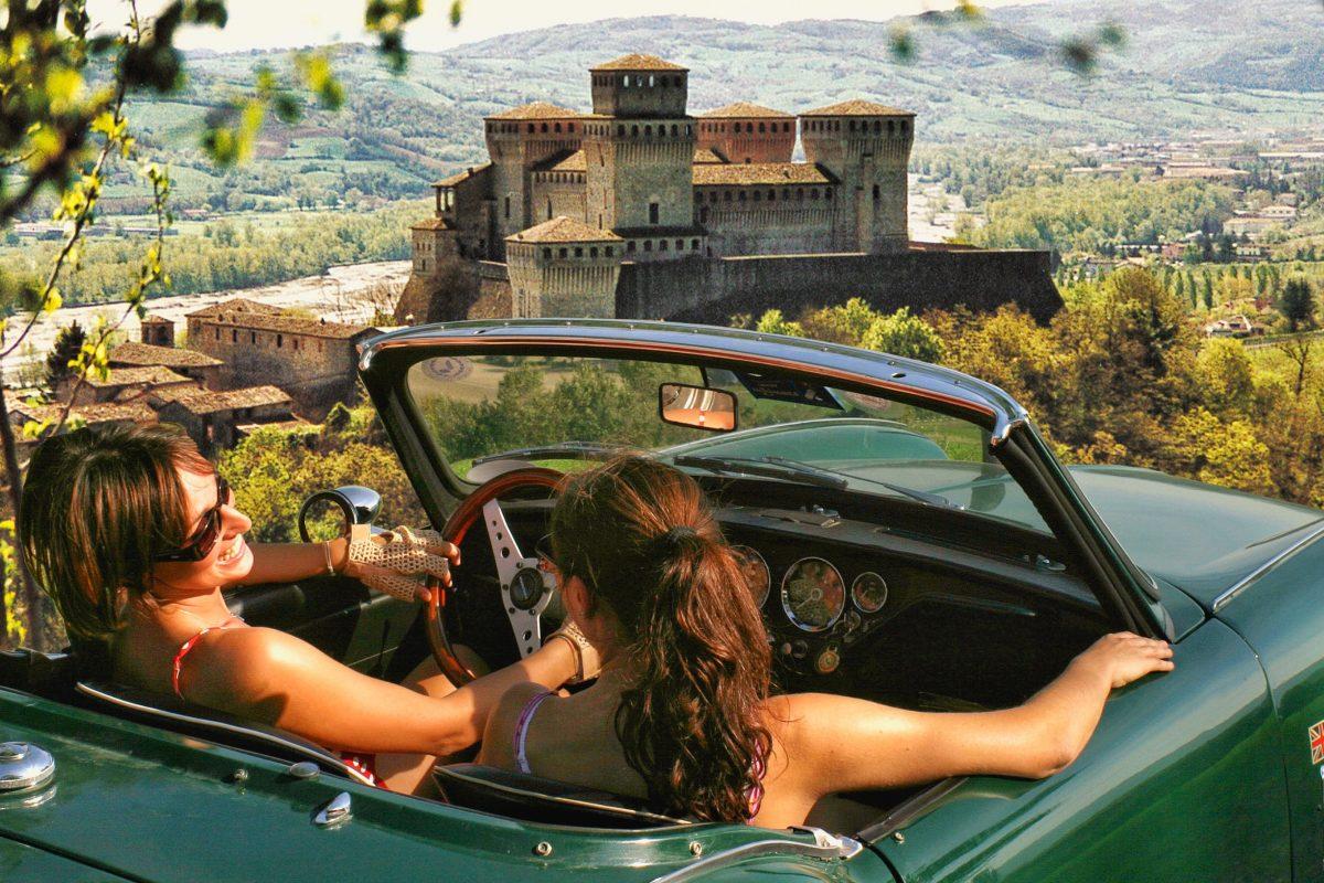 Fidenza Village abbina itinerari slow e shopping