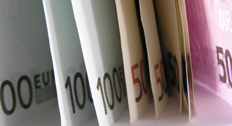 Decreto ristori 5: prolungamento Cig e blocco licenziamenti