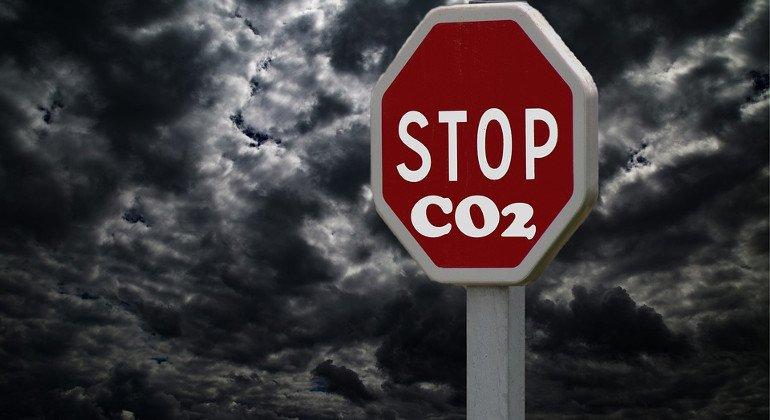 Aviazione europea: zero emissioni CO2, obiettivo 2050
