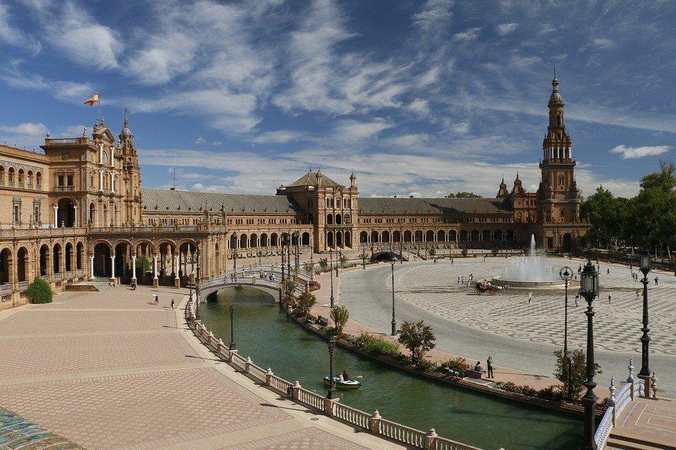 Spagna: il 20% delle agenzie a rischio chiusura