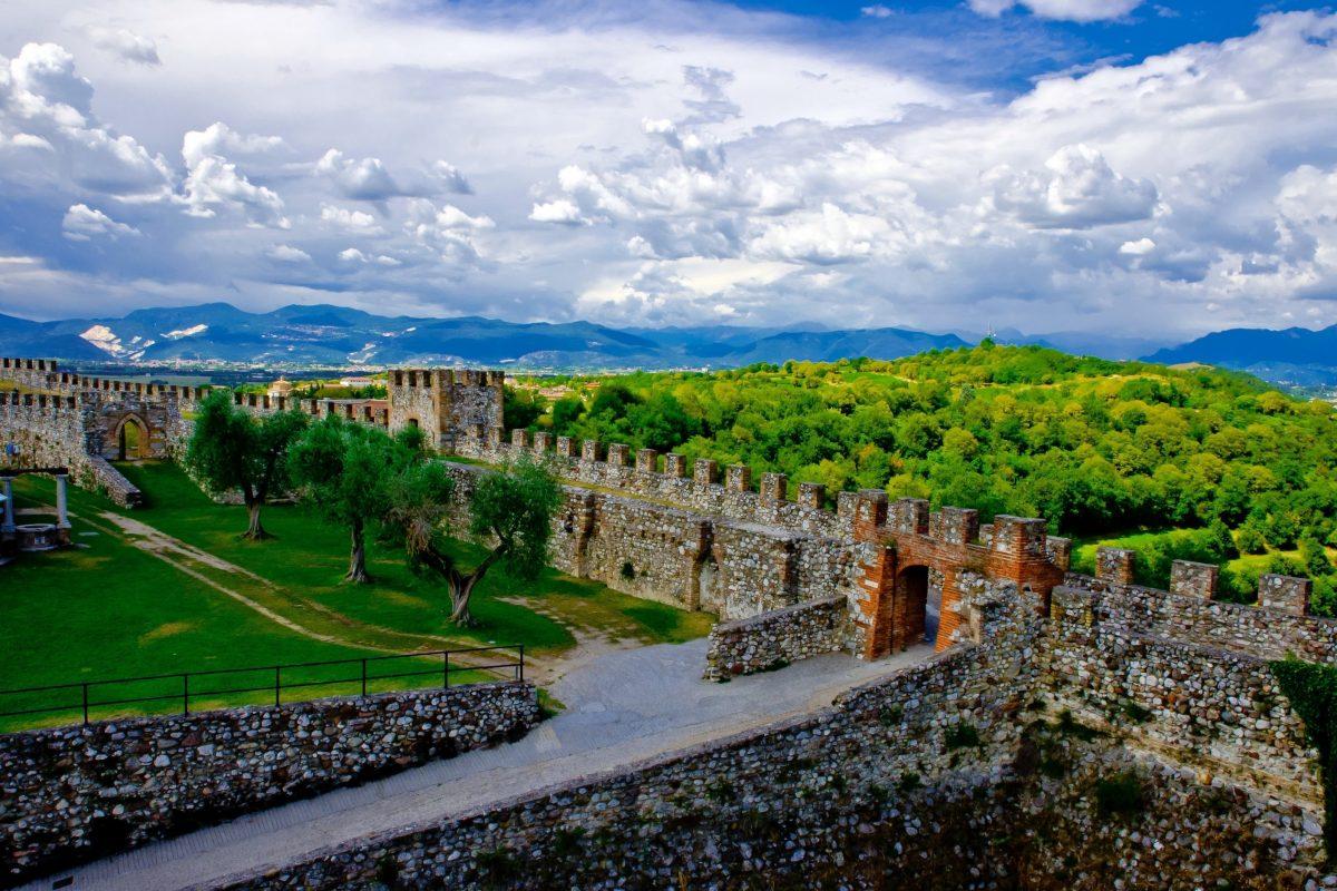 Global Greening, c'è anche la Rocca di Lonato del Garda