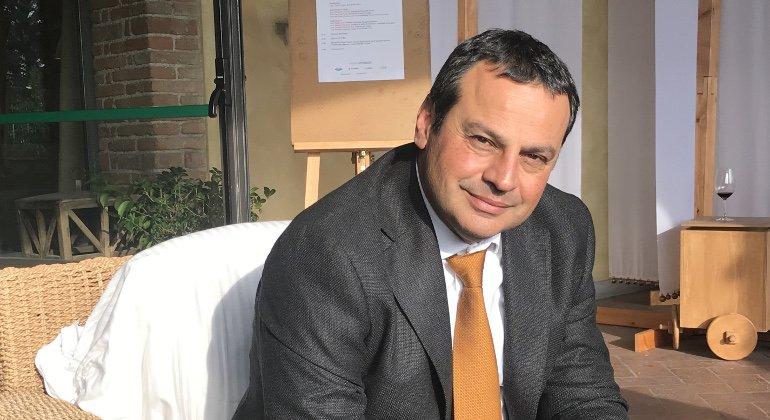 """Emilia Romagna: """"Adv e t.o. in lockdown da più di un anno"""""""