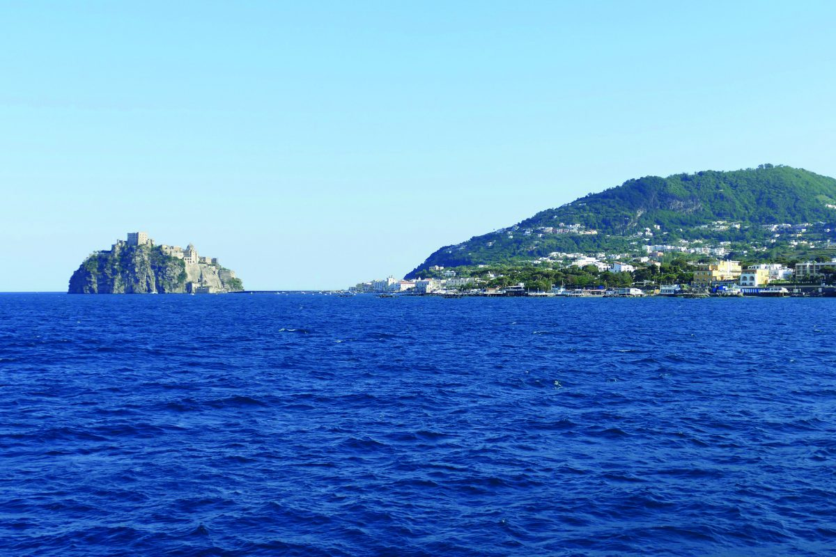 Traghetti: un'estate di prossimità