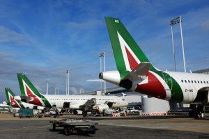 Alitalia, rebus biglietti in attesa di Ita