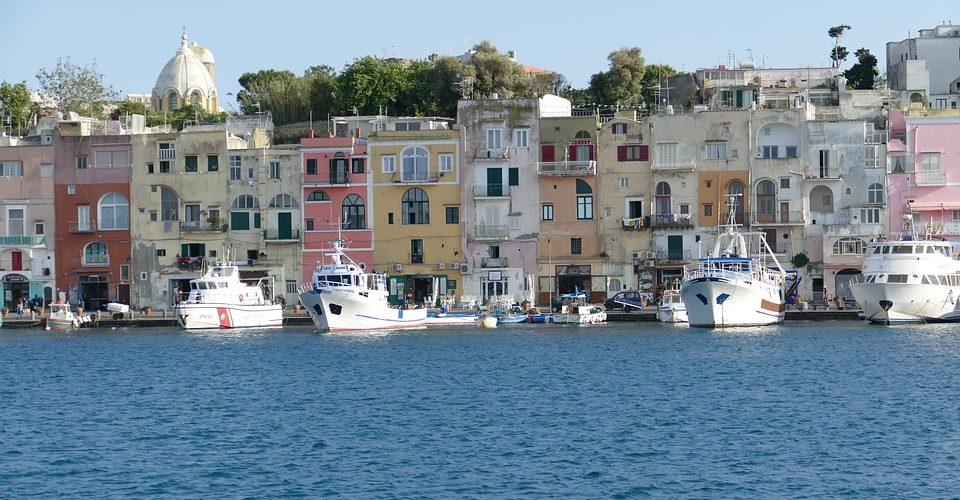 Prenotazioni: Italia e Albania battono Spagna e Grecia