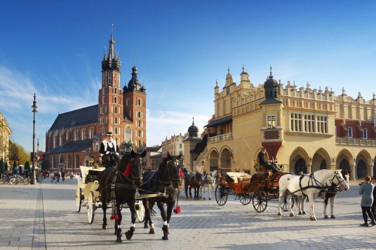 La Polonia si prepara alla riapertura