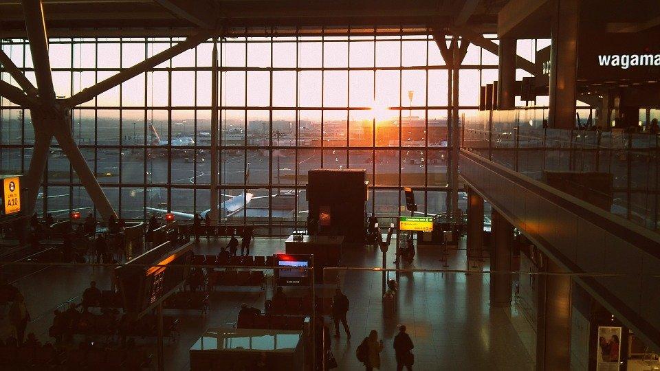 """A Heathrow, un terminal per chi proviene dai Paesi """"in rosso"""""""