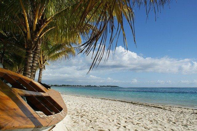 Mauritius, riapertura in due fasi