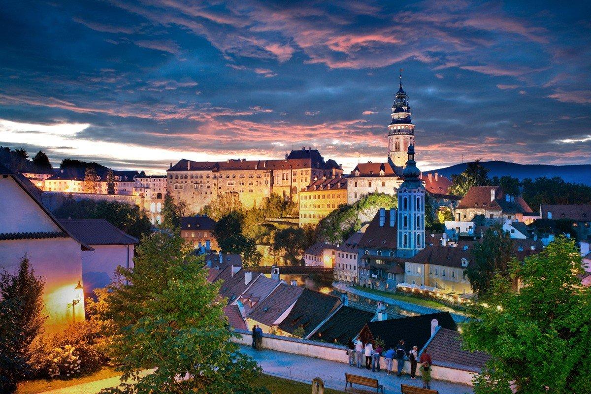 La Repubblica Ceca riapre ai cittadini Ue e della Serbia