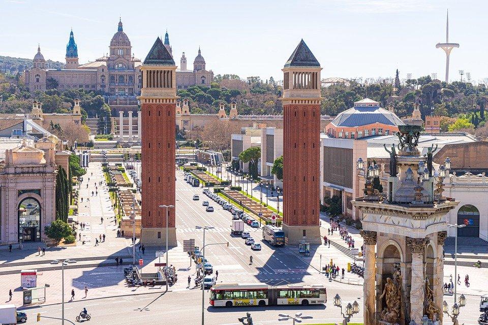 Spagna: modificati i requisiti sanitari per l'ingresso dei minori
