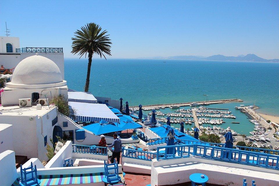 La Tunisia vaccina gli addetti del settore turistico