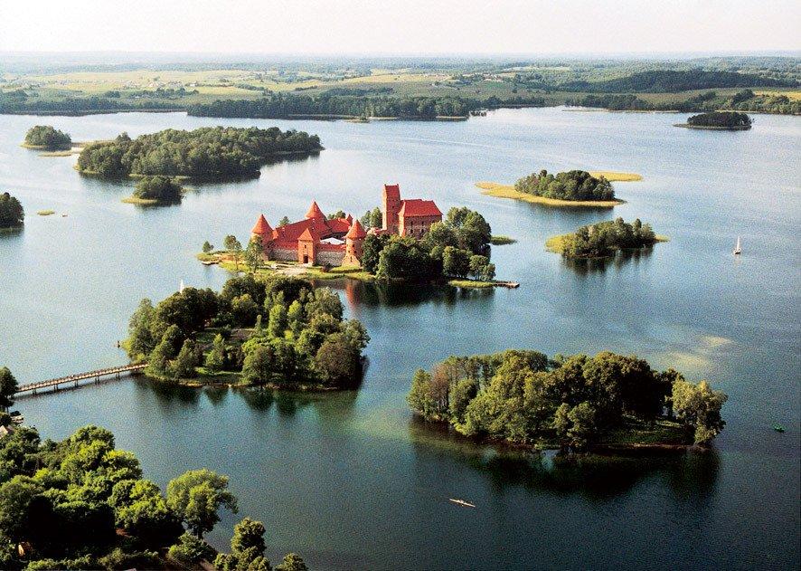 La Lituania riapre ai turisti italiani