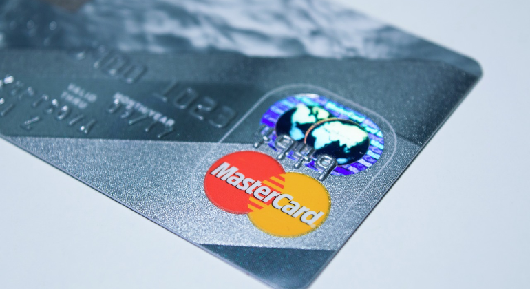 Mastercard: la ripartenza trainata dal turismo locale