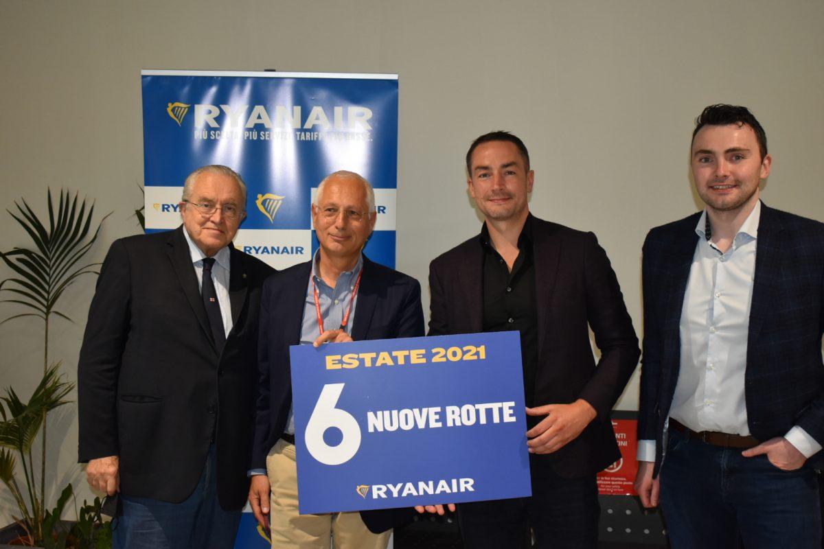 Ryanair, focus su Genova: 22 voli a settimana