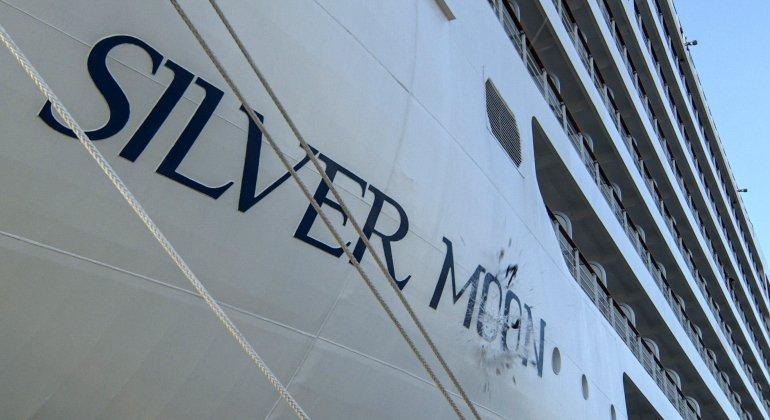 Silversea battezza ad Atene Silver Moon