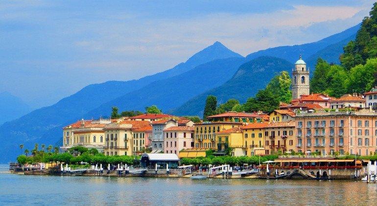 Lago di Como: tre crociere notturne per ripartire