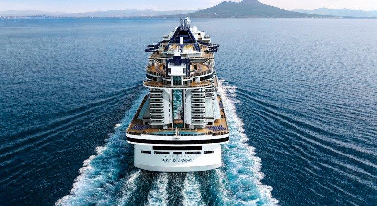 Msc Seashore arriva a Napoli