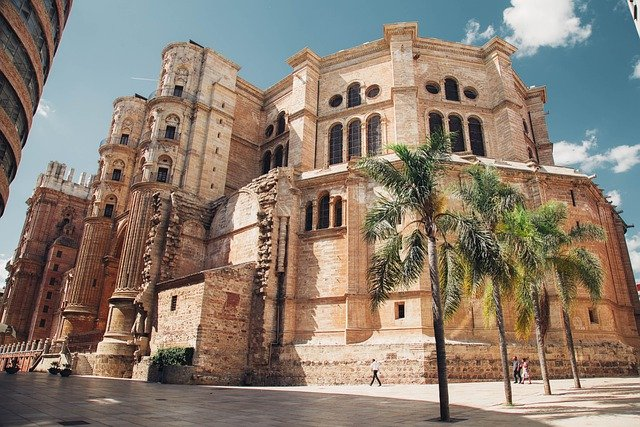 Vendite Spagna, i tour operator perdono share di mercato