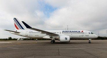Air France prende in consegna il suo primo A220-300